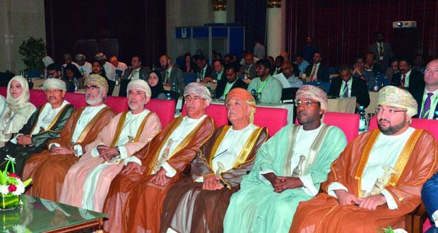 مؤتمر الشرق الأوسط للتأمين الصحي يؤكد ضرورة تعزيز الوعي بالوثيقة التأمينية والتطبيق الأمثل