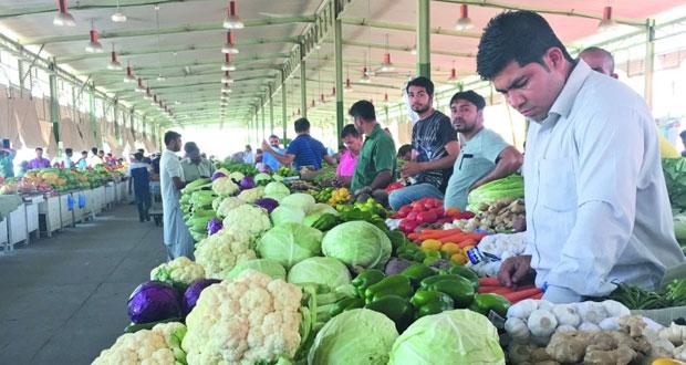 استقرار أسعار الخضار والفواكه بسوق الموالح وتوقعات ببدء موسم الإنتاج المحلي قريبا