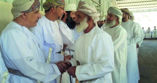 """""""يوم التصبيحة"""" ثالث أيام العيد محطة التقاء بين أهالي الحمراء"""