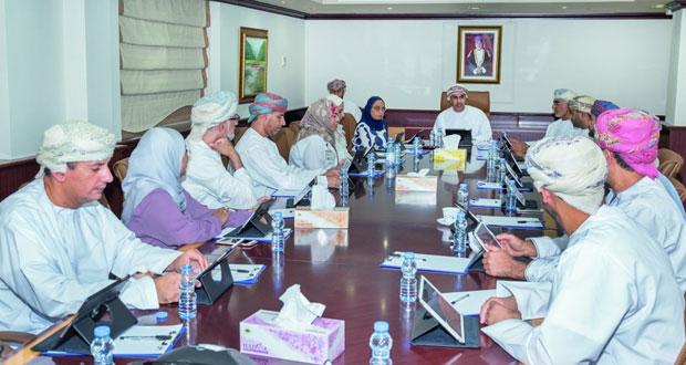 المجلس التنفيذي للمجلس العماني للاختصاصات الطبية يطلع على تقارير أداء البرامج التدريبية التخصصية