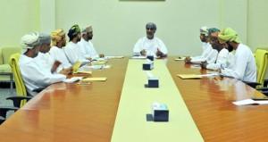 اللجنة المشرفة على مسابقة الأندية للإبداع الشبابي تواصل زيارتها للمحافظات