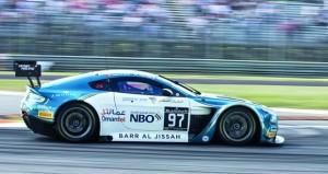 فريق عمان لسباقات السيارات يواصل استعداداته المكثفة للمشاركة في الجولة الأخيرة ببرشلونة