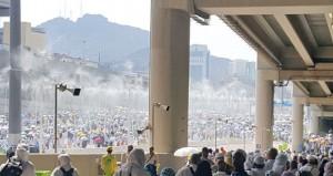 الحجاج العمانيون يبدأون مغادرة الديار المقدسة