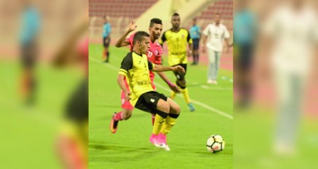 في دوري عمانتل..السويق يتفوق على نادي عمان 3/2