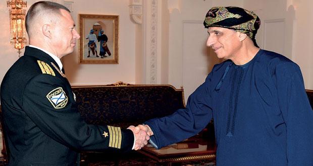 فهد بن محمود يستقبل قادة فرقة الجيش الأحمر الروسية