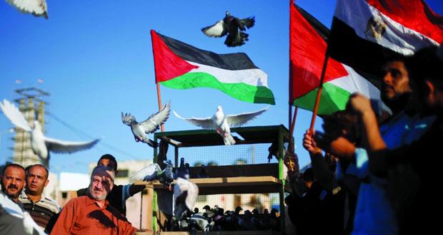 عقب اتفاق المصالحة .. لجنة شعبية فلسطينية تدعو لخطة عاجلة لإنهاء أزمات غزة