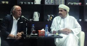 خزعل الماجدي يقدم تفاصيل تجربته الأدبية بالجمعية العمانية للمسرح