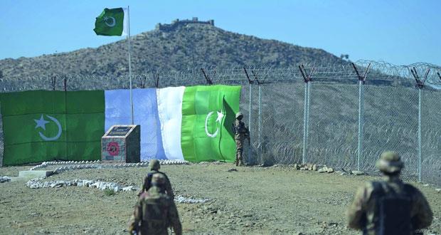 أفغانستان : مقتل عشرات العسكريين بهجومين لـ(طالبان) على قاعدة عسكرية