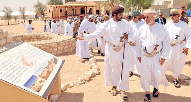"""افتتاح مركز المعلومات بموقع """"وبار"""" الأثري بمحافظة ظفار"""