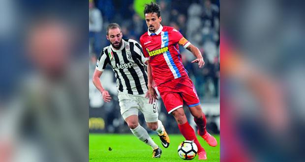 نابولي يستعيد الصدارة ومنافسة قوية من يوفنتوس ولاتسيو في الدوري الإيطالي