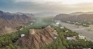 عدسة «ضوء عُمان» توثـق المعالم الأثرية والمواقع السـياحيـة للسـلطنة