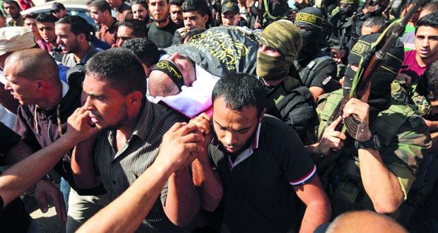 غزة تشيع شهداء النفق .. وهنية يدعو للإسراع بـ (المصالحة) ردا على مجازر الاحتلال