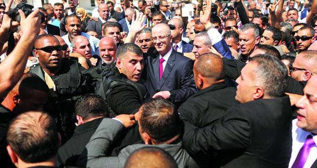 حكومة الوفاق تصل غزة وتؤكد أن تخفيف المعاناة أهم أولوياتها