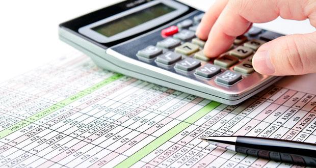 يناير 2018 البدء في تطبيق ضريبة القيمة المضافة وتطبق أولا في السعودية والإمارات