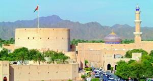 """""""التراث والثقافة"""" و """"عمران"""" توقعان إتفاقية إدارة وتشغيل قلعة نزوى التاريخية"""