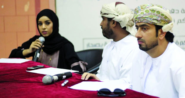 جماعة الإعلام تنظم مسابقة مذيع الكلية بكلية العلوم التطبيقية بصحار