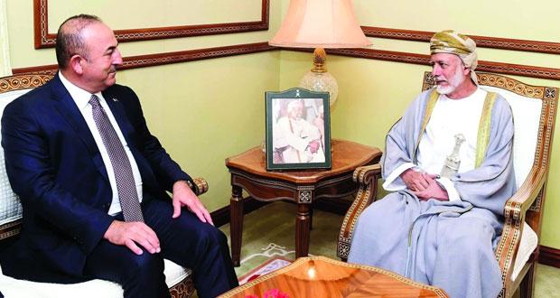 يوسف بن علوي يستقبل وزير الخارجية التركي