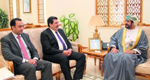 بحث التعاون بين الخدمة المدنية ومركز الملك عبدالله الثاني للتميز