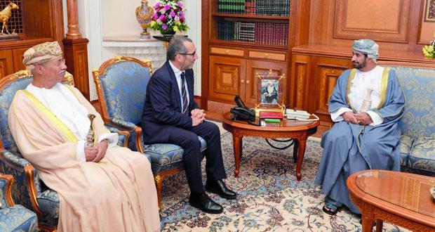 وزير ديوان البلاط السلطاني يستقبل رئيس جامعة بيزا الايطالية