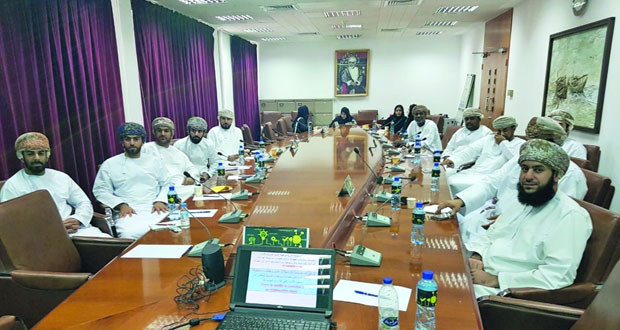 عمادة القبول والتسجيل بجامعة السلطان قابوس تنظم حلقات عمل في ضبط الجودة