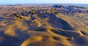"""""""الوطن"""" تزور صحراء رمال مسروق بعبري الكثبان الرملية محطة جذب للهواة والمغامرين وواحة للراحة واستكشاف لجمال الطبيعة البكر"""