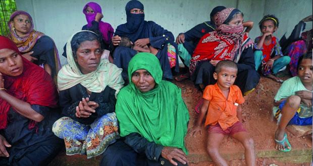 مأساة الروهينجا: الفارون من بورما يتحدثون عن تكثيف عمليات الجيش لتهجير السكان