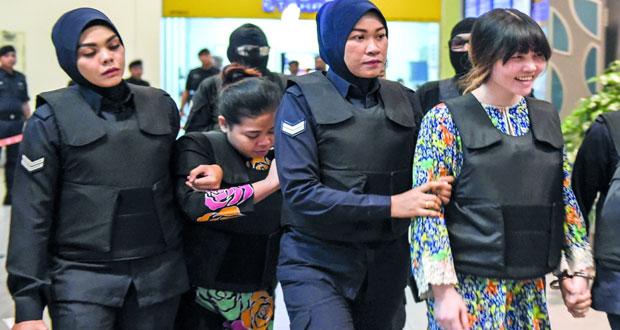 ماليزيا : المتهمتان باغتيال كيم نام تزوران مسرح الجريمة