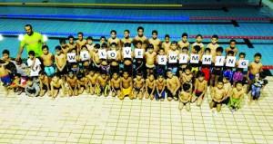 مركز مسقط لتعليم السباحة بيئة لرفد المنتخبات الوطنية باللاعبين المجيدين