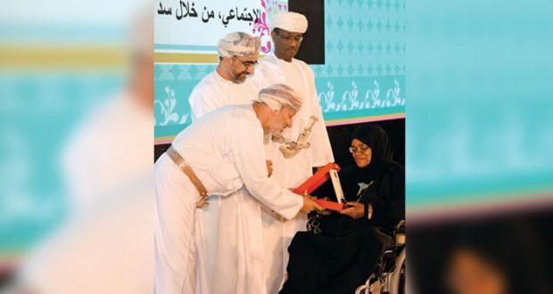 السلطنة تحتفل بيوم المرأة العمانية .. مجلس الوزراء يهنئ وجهود لمزيد من الدعم