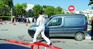 تونس : طعن شرطيين قرب البرلمان ..واعتقال المنفذ