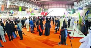 السلطنة تشارك في معرض الشارقة الدولي للكتاب 2017م