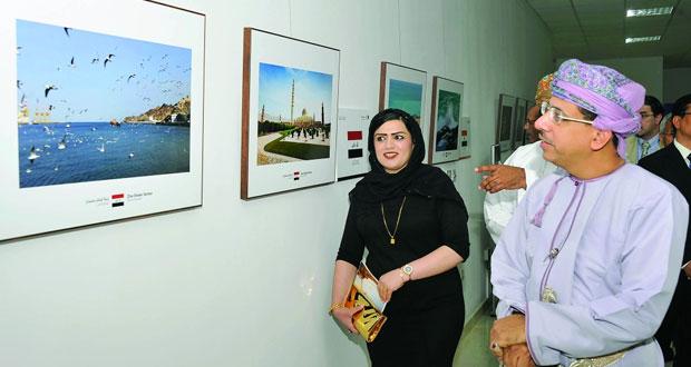 """افتتاح معرض """"عمان في عيون السفراء"""""""