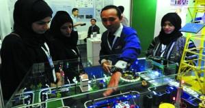 وفد غرفة تجارة وصناعة عمان بجنوب الشرقية يطلع على الفرص الاستثمارية والتجارية بإندونيسيا
