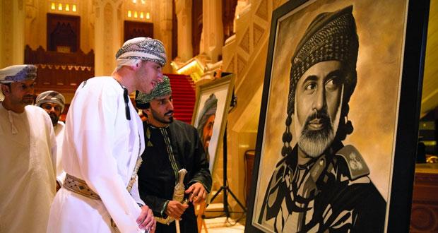 """""""قابوس"""" معرض تشكيلي للفنان شاكر جلال بدار الأوبرا السلطانيّة مسقط"""