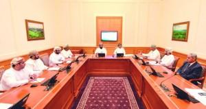 """""""إعلامية الشورى"""" تتدارس دور قناة عمان الثقافية في خدمة المنتج الثقافي بالسلطنة"""