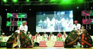 مركز عُمان للموسيقى التقليدية يقيم أمسية موسيقية بمركز نزوى الثقافي