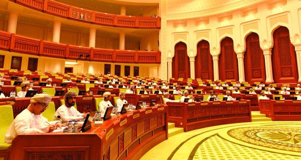 الإيرادات والإنفاق ومعدلات إنتاج النفط في مناقشات (الشورى) لمشروع الميزانية