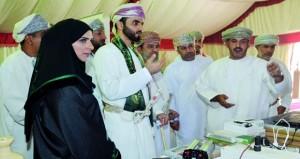 معرض المنتجات والصناعات الوطنية بإبراء يستعرض تجارب المؤسسات الصغيرة والمتوسطة