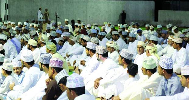 تكريم الفائزين فـي مسابقة حفظ القرآن الكريم بوادي السحتن بالرستاق