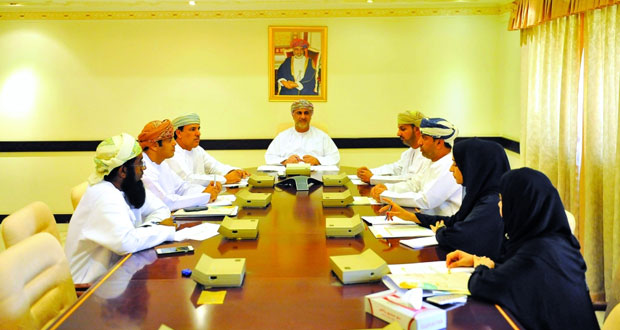 اللجنة الرئيسية تتابع سير مسابقة الأندية للإبداع الشبابي وتصفيات المرحلة الأولى