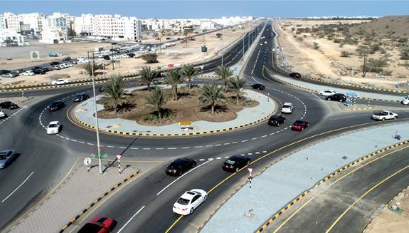 افتتاح ازدواجية شارع الخوض أمام الحركة المرورية