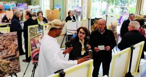 """معرض """"ملامح من عمان"""" يقدم التنوع الثقافي والسياحي والطبيعي للسلطنة بإسبانيا"""