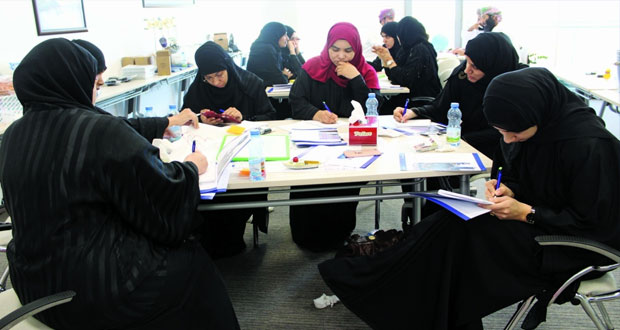 """""""الشراكة من أجل التنمية"""" تبدأ تنفيذ المرحلة الأولى من تدريب المعلمين لتدريس منهج """"المهندس"""" STEM"""