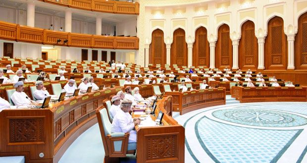 بناء على الأوامر السامية .. افتتاح أعمال دور الإنعقاد السنوي الثالث لمجلس عمان