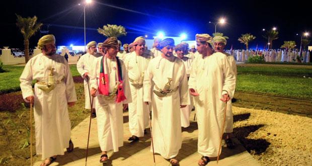 وزير البلديات يفتتح حديقة لوى العامة بتكلفة 500 ألف ريال عماني