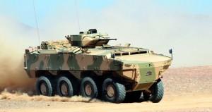 الجيش السلطاني العماني يدشن ناقلة جند مدرعة جديدة