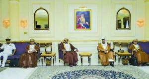 الأمين العام بوزارة الدفاع يتوجه الى السعودية