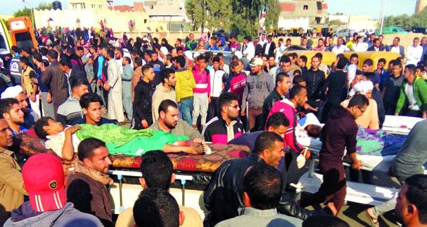 مصر: ارتفاع عدد ضحايا (هجوم الروضة) والمهاجمون رفعوا علم (داعش) .. الجيش يرد بقوة ويقضي على عدد من الإرهابيين