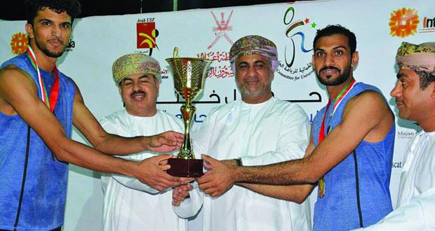 المنتخب الجامعي يتوج بذهبية البطولة العربية الجامعية للكرة الطائرة الشاطئية