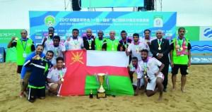 في البطولة الدولية لقدم الشاطئية.. منتخبنا الوطني يتجاوز ماليزيا و يحصل على كأس البطولة
